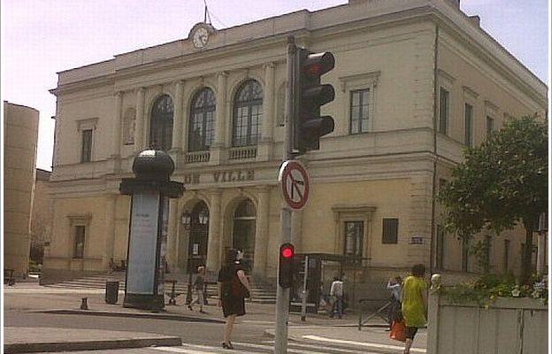 laval_hotel_ville-3.jpg