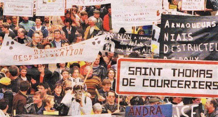 """Manifestation à Laval, le samedi 11 mars 2000 : """"5000 personnes, du jamais vu!"""""""