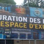 Sur la façade, la bâche apposée pendant les travaux pour un coût de 20 000 €